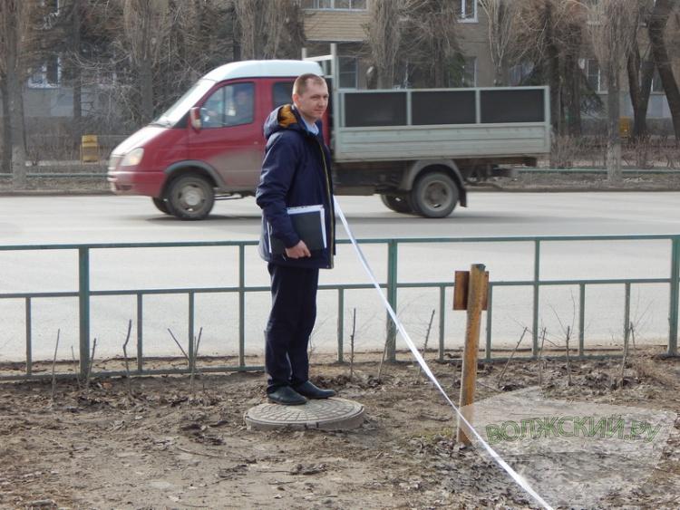 У «Русича» вместо зеленой зоны будет парковочный карман?