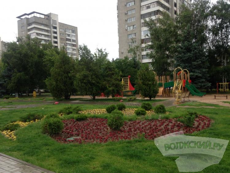В парке «Волжский» высадили 20 тысяч цветов