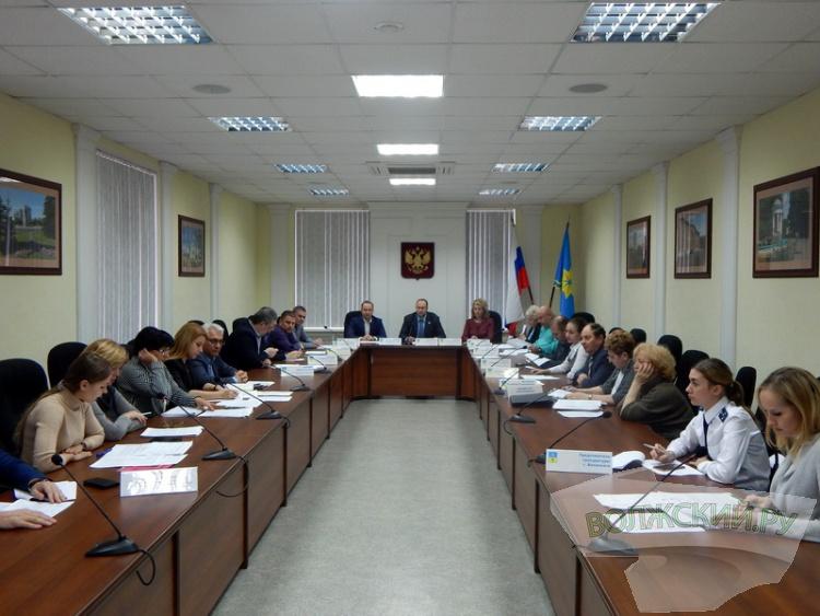 В Волжском начались первые «бюджетные разногласия»