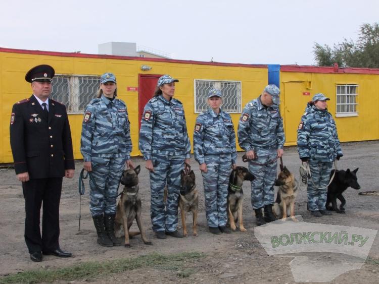В Волжском открыли три обновленных здания полиции