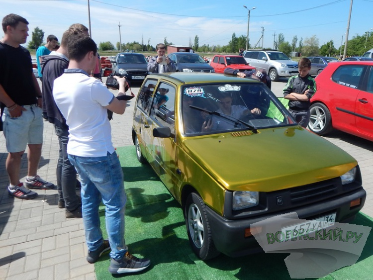 В Волжском прошел этап чемпионата России по автозвуку DBBATTLE