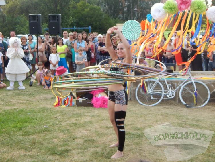 Волжанам впервые показали цирк под открытым небом