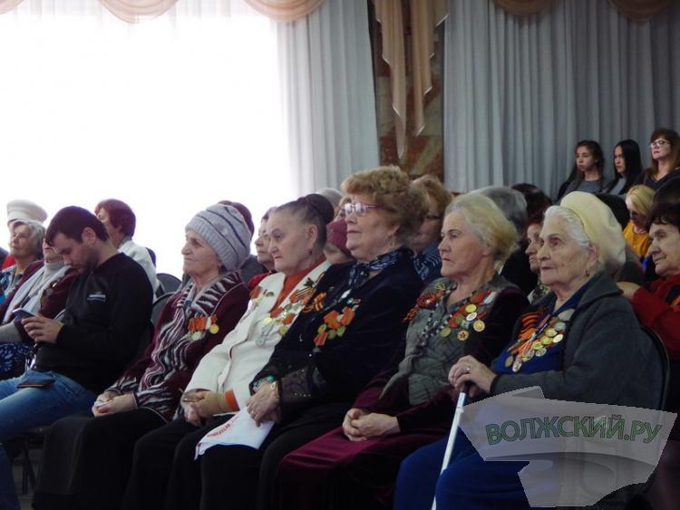 Волжане приняли эстафету памяти Сталинградской победы