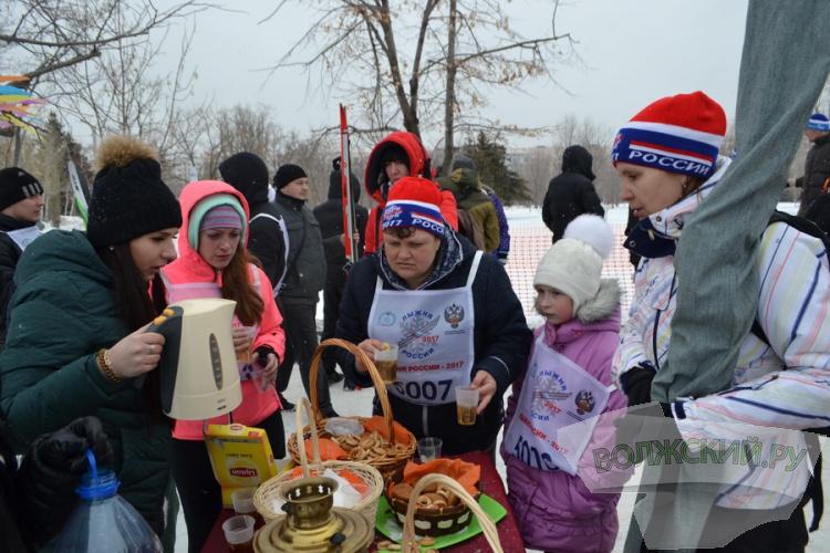 Волжане приняли участие в «Лыжне России-2017»