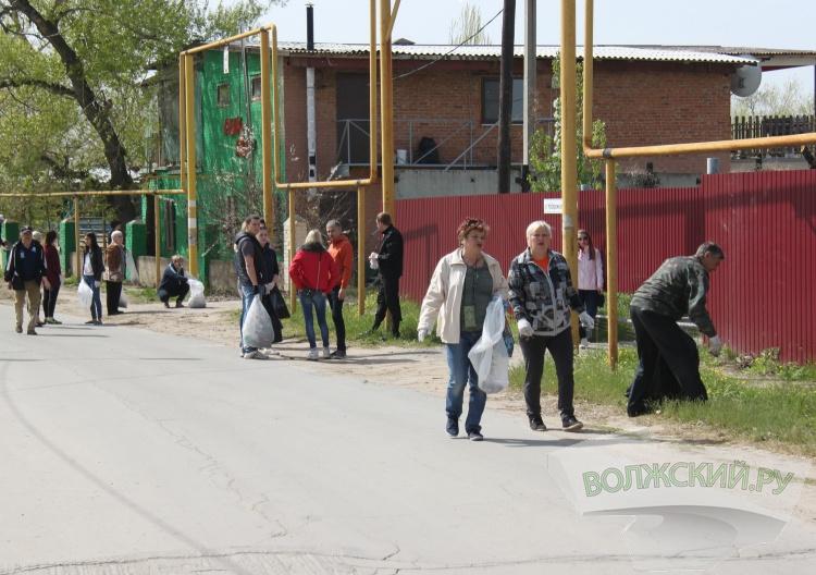 Волжане присоединились к всероссийской экологической акции «Зелёная Россия»