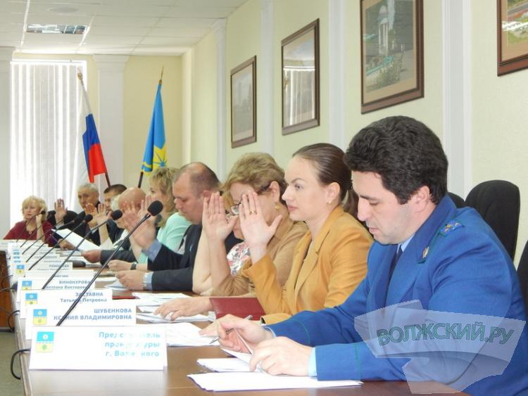 Волжские депутаты просят ГосДуму «скорее» принять законопроект о суидицах