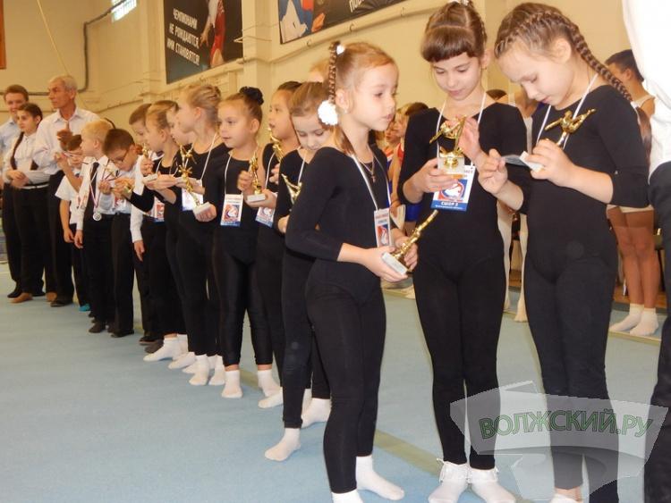 Волжский присоединился ко Всероссийскому Дню гимнастики