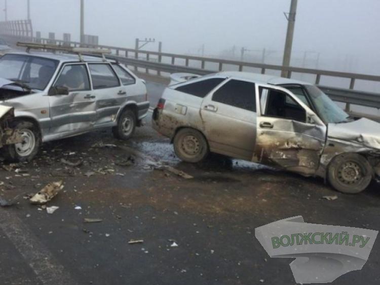 На «танцующем» мосту вдвойном ДТП пострадали три человека