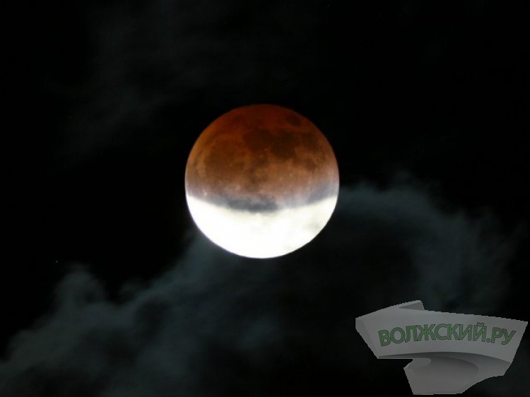 Лунное затмение + полнолуние 7августа— Два водном
