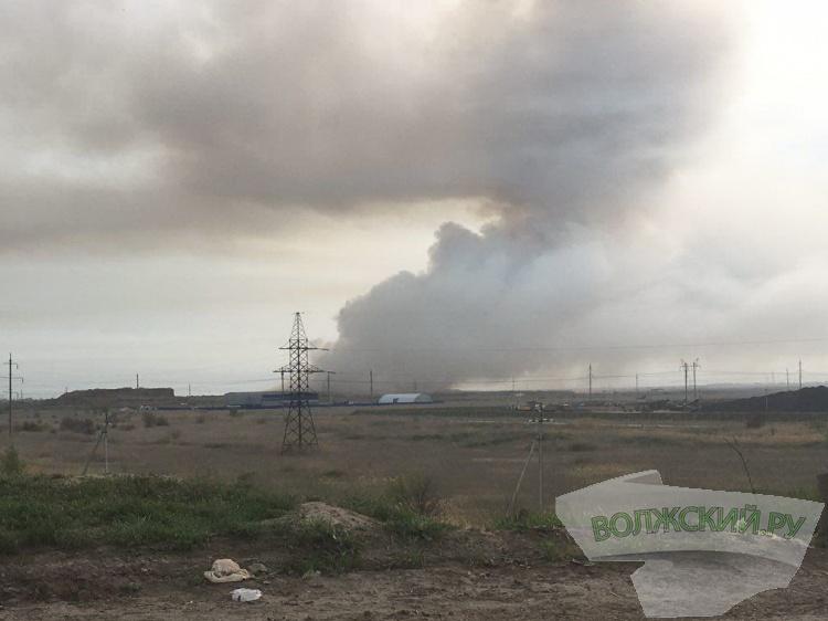 Волжский задыхается от дыма горящей свалки