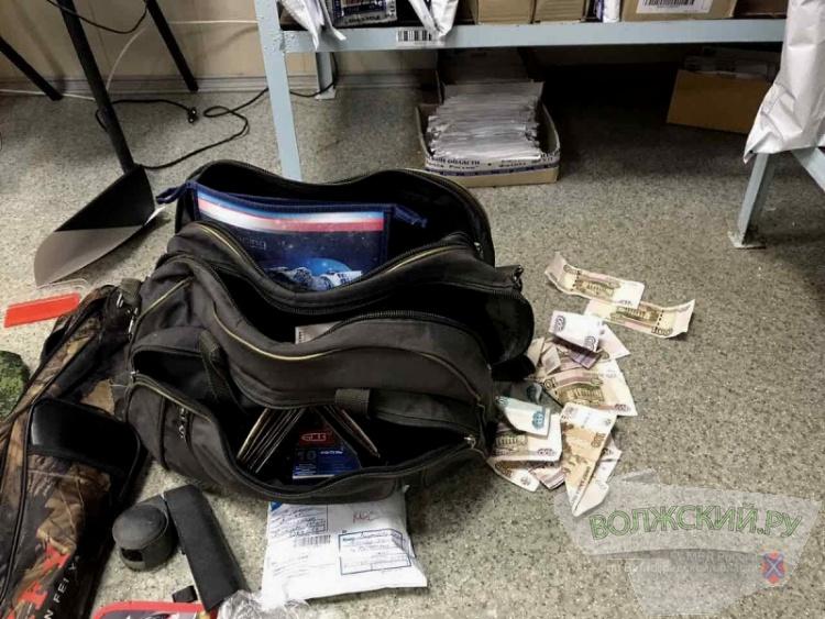 Вооруженный волжанин пытался ограбить почтовое отделение