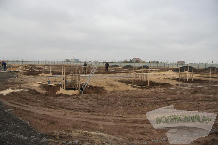 Воронин проверил ход работ по строительству нового ФОКа