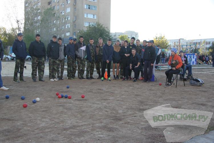 Жители 23 микрорайона провели праздник двора
