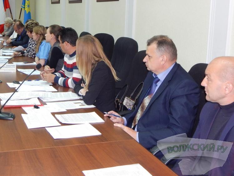 Жители 28 микрорайона получат 200 миллионов рублей на детский сад и дороги