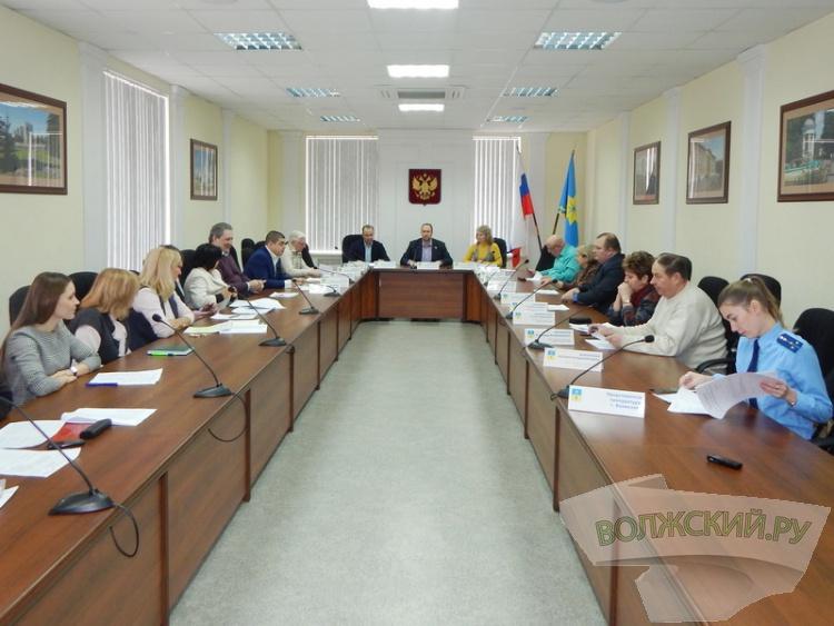 Мэрия Волжского удовлетворит жилищные нужды 150 бюджетников