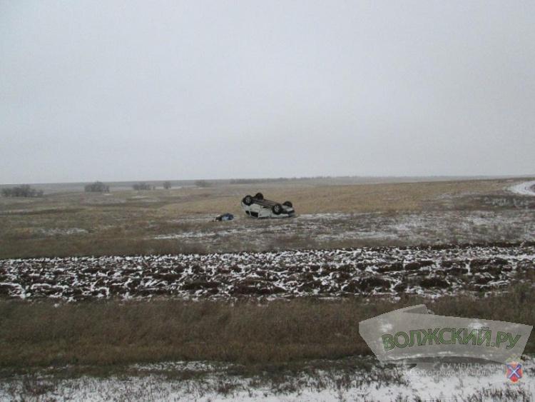 На загородных трассах региона разбились 4 машины