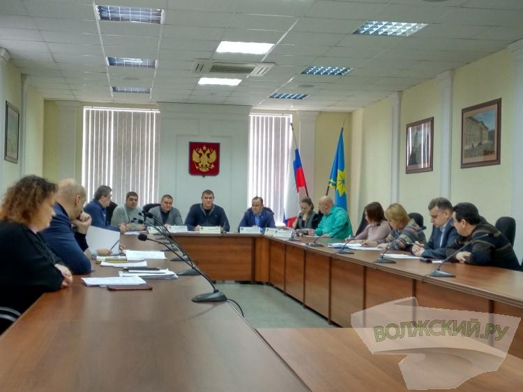 Вандалы разрушают «исинбаевскую площадку» в 22 микрорайоне
