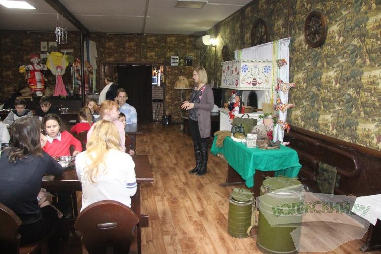 Волонтёры «Волжской ГЭС» показали детям-сиротам «Старую Сарепту»