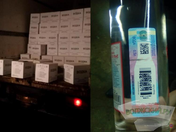 ВБыковском районе полицейские изъяли 580 ящиков споддельным спиртом