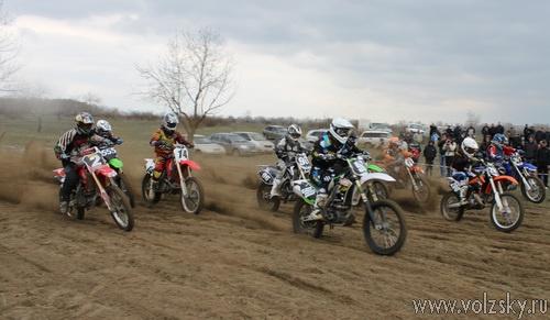 Чемпионат города Волжский по мотокроссу 2011
