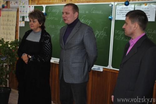 Депутат помог школе с ремонтом