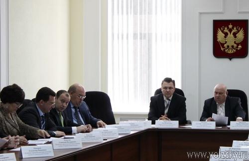 Депутаты перенесли общественные слушания по Уставу на 26 апреля 2011 года