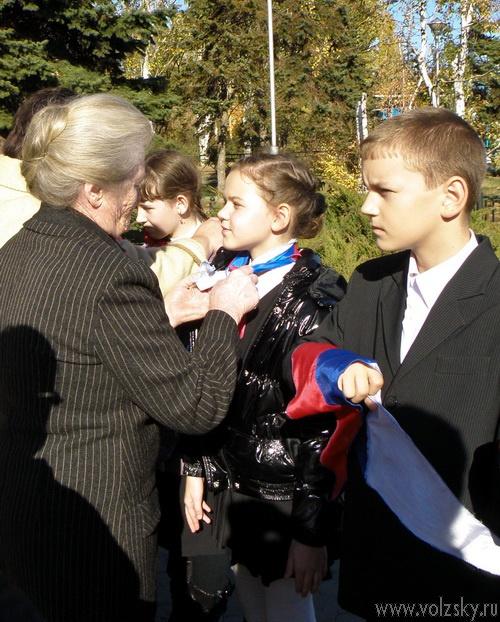 Принятие школьников в карбышевцы 26-10-2010