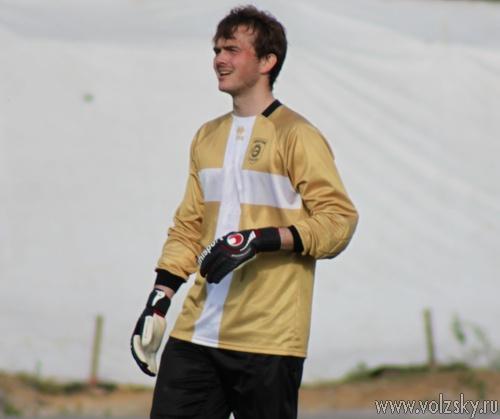 Сергей Синельников вратарь Энергии