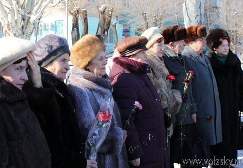 В Волжском прошёл митинг памяти Дмитрия Михайловича Карбышева