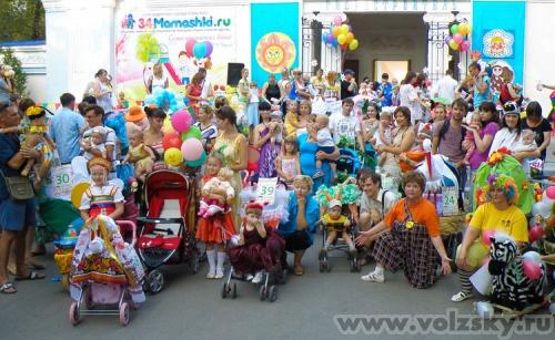 Кравцов Виктор: Парад колясок